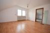 **VERMIETET**DIETZ: 3 Zimmerwohnung mit Einbauküche - Multifunktionsdusche - 3 Familienhaus - Laminatböden - Wohnküche