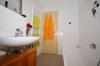 DIETZ: 2 Zimmer Erdgeschosswohnung mit extrabreiter Garage, Terrasse, Fußbodenheizung - Solarenergie - und Handtuchwärmer
