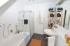 **VERMIETET**DIETZ: Moderne 3 Zimmer-Dachgeschosswohnung in toller freundlicher Lage - Tageslichtbad Wanne+Dusche1