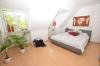 **VERMIETET**DIETZ: Moderne 3 Zimmer-Dachgeschosswohnung in toller freundlicher Lage - Schlafzimmer 1 von 2
