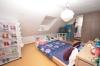 **VERMIETET**DIETZ: Einfamilien-Traumhaus mit vielen EXTRAS in herrlicher Lage von Klein-Wallstadt - OT - Schlafzimmer 2 von 4