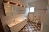 **VERMIETET**DIETZ: Neu renovierte 3 Zimmer-Dachgeschosswohnung mit Parkett neuem Tageslichtbadezimmer uvm. - mit Doppelwaschtisch