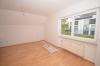 **VERMIETET**DIETZ: Neu renovierte 3 Zimmer-Dachgeschosswohnung mit Parkett neuem Tageslichtbadezimmer uvm. - Schlafzimmer mit Parkett22