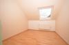 **VERMIETET**DIETZ: Neu renovierte 3 Zimmer-Dachgeschosswohnung mit Parkett neuem Tageslichtbadezimmer uvm. - Gäste oder Arbeitszimmer