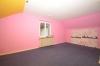 **VERMIETET**DIETZ: Tolles Gartengrundstück - Renovierungsbedürftiges Einfamilienhaus in Groß-Umstadt - Raibach - Schlafzimmer 3 von 3