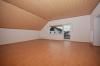 **VERMIETET**DIETZ: Neu sanierte helle 4-5-Zimmerwohnung in Babenhausen-OT www.immoprofi-dietz.de - Wohnbereich