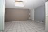 **VERMIETET**DIETZ : 3 Zimmer Erdgeschosswohnung mit Einbauküche PKW-Stellplatz und Freisitz - WG-tauglich - Wohnbereich