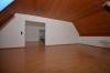 **VERMIETET**DIETZ: 3-4 Zimmerwohnung im Zweifamilienhaus Balkon, Garage, Garten Roßdorf - Wohnzimmer