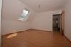 **VERMIETET**DIETZ: 3-4 Zimmerwohnung im Zweifamilienhaus Balkon, Garage, Garten Roßdorf - Vorraum zum Wohnzimmer