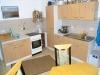 **VERMIETET**DIETZ: Günstige 3 Zimmer Erdgeschosswohnung mit Garten im 2-Familienhaus Babenhausen Langstadt - Weiterer Blick in die Küche