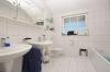 **VERMIETET**DIETZ: Moderne 3 Zimmer Dachgeschosswohnung, Einbauküche, Wanne, Dusche, Garage - Tageslichtbad Wanne+Dusche