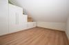 **VERMIETET**DIETZ: Teilmöblierte 2,5 Zimmer Dachgeschosswohnung mit Einbauküche - PKW-Stellplatz - Wanne+Dusche - Weitere Ansicht