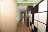 **VERMIETET**DIETZ: Teilmöblierte 2,5 Zimmer Dachgeschosswohnung mit Einbauküche - PKW-Stellplatz - Wanne+Dusche - Diele