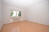 DIETZ: **Einmalige Gelegenheit** Erdgeschosswohnung in direkter Feldrandlage mit Wanne+Dusche+Balkon - Schlafzimmer