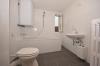 **VERMIETET**DIETZ: Die günstigste 2 Zimmerwohnung in Großostheim - Ortskernlage! - Brandneues Tageslichtbad