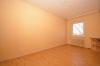 **VERMIETET**DIETZ: 3 Zimmer-Wohnung mit hellem Wannenbad und Balkon - Schlafzimmer 2 von 2