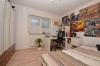 **VERMIETET**DIETZ: 4-Zimmer-Terrassenwohnung mit eigenem Garten, Doppelgarage und Einbauküche - Schlafzimmer 2 von 3