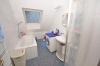 **VERMIETET**DIETZ: Dachgeschosswohnung in Babenhausen Ortsteil Sickenhofen zu vermieten! - Tageslichtbad mit Wanne+Dusche