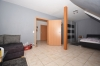 **VERMIETET**DIETZ: Dachgeschosswohnung in Babenhausen Ortsteil Sickenhofen zu vermieten! - Wohnzimmer