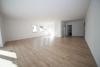 DIETZ: NEUWERTIGE, lichtdurchflutete 2-3 Zimmer-Wohnung in TOP-Lage von Mömlingen - Mit Offener Küche