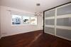 **VERMIETET**DIETZ: Hochwertige 4-5 Zimmer Maisonette-Wohnung in Otzberg - Nieder-Klingen - Elternschlafzimmer mit Bad und Balkon