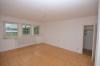 **VERMIETET**DIETZ: Einfamilienhaus mit großem Grundstück in Seligenstadt zu vermieten! - Schlafzimmer 1 von 2