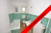 **VERMIETET**DIETZ: Einfamilienhaus mit großem Grundstück in Seligenstadt zu vermieten! - Tageslichtbad 1 von 2