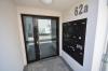 DIETZ: Neuwertige 3-Zimmer-Wohnung mit Aufzug, Einbauküche, Fußbodenheizung und Balkon! - Hauseingang