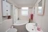 DIETZ: Helle und gepflegte 3-Zimmer-Dachgeschosswohnung mit 20qm Dachterrasse! - Tageslichtbad mit Eckbadewanne