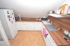 DIETZ: Helle und gepflegte 3-Zimmer-Dachgeschosswohnung mit 20qm Dachterrasse! - EBK gegen Abstand