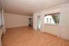 **VERMIETET**DIETZ: Großzügige 5-Zimmer-Dachgeschosswohnung in Babenhausen OT Langstadt - Großes Wohnzimmer3