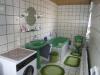 Solides 1 Fam-Haus mit Doppelgarage u. großem Garten In absolut ruhiger Lage, ein Traum für Ihre Ki - Eines der 2 Bäder