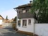 Gemütliches kleines Haus mit Grundstück, alternativ zur Eigentumswohnung in Babenhausen Stadt - Teilansicht vom Hof