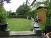 **Verkauft**   Hier ist Platz für alle Familienmitglieder !! Super 1- 2 Famhaus in Ortsrandlage - Blick in den gepflegten Garten
