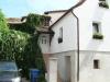 *Verkauft* 1 Fam.-Haus in ruhiger Lage, mit schönem Garten - Die vordere Hausanicht