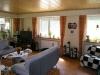 **Verkauft** Ein Wohnlfühlhaus für 3 Familien in ruhiger - Wohnzimmer mit Ausgang zur gr. Terrasse