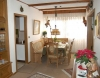 **VERKAUFT**  1-2 Familienhaus mit Traumgarten und Garage. In ruhiger Lage - Viel Platz und LICHT