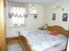 **VERKAUFT**Hallo Pferdebesitzer ! Traumhafte modernisierte Hofreite mit 4 Pferdeboxen in Mosbach - Eines der 3 Schlafzimmer