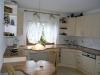 **VERKAUFT**  EXKLUSIVE große Doppelhaushäfte mit Garten und Garage (Tadeloser Zustand) - Ein Einblick in die hochwertige Einbauküche (= inklusive)