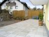 **VERKAUFT**  Leben am Naturschutzgebiet! Tolles modernes Einfamilienhaus in bevorzugter Lage von Sulzbach - Die Terrasse und der Gartenteich