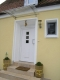 **VERKAUFT**  Leben am Naturschutzgebiet! Tolles modernes Einfamilienhaus in bevorzugter Lage von Sulzbach - Repräsentativer Eingangsbereich (Einer von zwei Eingängen)