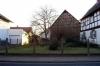 **VERKAUFT**  Abrissgrundstück mit Scheune und Nebengebäuden.  - 1002 m² - bebaubar mit 3 freistehenden Wohnhäusern ! - Ansicht 5