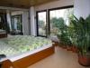 **VERKAUFT**  Hier wohnen Sie auf einer Ebene. Einfamilienhaus im Grünen. - ruhige und begehrte Lage von Münster  !!! - Eines der Schlafzimmer (Mit Ausgang zum Garten)