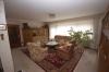 **Verkauft**  Sonniges freistehendes 1 - 2 Familienhaus mit Traumgarten und Garage- - in ruhiger Lage von Groß Umstadt - - Wohnzimmer im Erdgeschoss