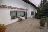 **Verkauft**  Sonniges freistehendes 1 - 2 Familienhaus mit Traumgarten und Garage- - in ruhiger Lage von Groß Umstadt - - Terrasse Bild 1