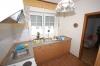 **VERKAUFT**  Für Handwerker !! Freistehendes Wohnhaus mit Anbau u. Garage. - In ruhiger zentraler  Lage von Schaafheim  !!! - Einblick in die Küche
