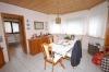 **VERKAUFT**  EXKLUSIVES Einfamilienhaus  mit Einliegerwohnung ! - mit TRAUMHAFTEN 405 m² Sahne Grundstück - Gemütlicher heller Essbereich