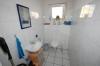 **VERKAUFT**  Immobilientraum in Babenhausen. 10 Jahre JUNG, ideal für die kinderreiche Familie. In absoluter Spitzen Feldrandlage !!! - Gäste - WC