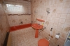 **VERKAUFT**  SCHNUGGELISCHER  Bungalow*,  ideal für die kleine Familie!  - mit Garten und Garage. - Einblick ins Tageslichtbad