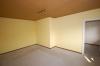 **VERKAUFT**  Quadratisch - praktisch - im grünen und günstig !!! Immobilie zum sofort beziehen - für den kleinen Geldbeutel - Eines  von 2-3 Schlafzimmern